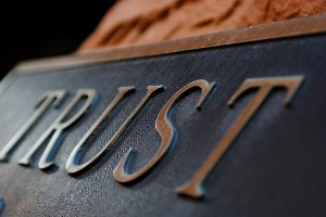 sottrazione fraudolenta trust