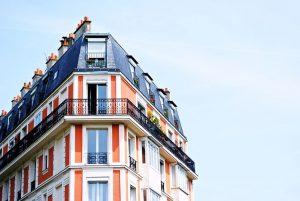 disconoscimento della fittizia residenza all'estero