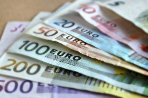 comunicazione movimenti contanti oltre 10.000 euro